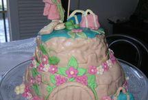 Festa de boas vindas / Festa de boas vindas para a princesa que voltou para o castelo. Para comemorar um bolo/castelo...