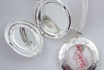 Children's Illustrated Jewellery / by Vane