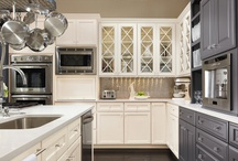 Kitchens / by Clara Bouilly