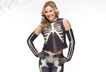 Renee Young / @ReneeYoungWWE / Since making her WWE television debut on March 29, 2012, Renee Young has quickly proved herself to be a natural for all aspects of WWE broadcasting. Arguably assimilating to the wild world of WWE faster than any broadcaster before her.