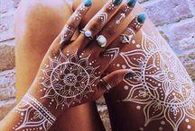 Tatouages henné blanc