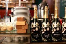 Bar z szampanem w Warszawie - Bubbles / Bar z szampanem w Warszawie - spróbuj najlepszych bąbelków z całego świata. Największy wybór szampanów i win musujących tylko w Bubbles! http://bubbles.com.pl