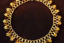 Seed beads / Smycken tillverkade av seed beads.