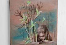 """bookart-dorothea Koch / Bookart: """"In Büchern liegt die Seele aller gewesenen Zeit."""" Thomas Carlyle  Aber was tun mit alten Büchern, die so zerliebt wurden, dass sie nicht mehr gelesen werden? Sie zu neuem Leben erwecken und eine ander Geschichte erzählen lassen.Eine Upcycling Variante voller Geschichten und Träume.Kunst aus Büchern ist kreatives Buchrecycling für bücherliebende Kunstfreunde kunstliebende Leseratten."""