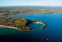 Nosy be / Nosy Be, aussi écrit Nossi-Bé est une île côtière de Madagascar située dans le canal du Mozambique, près des côtes nord-ouest de Madagascar. / by Tsiky tour