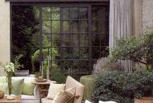 element: porch