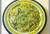 Pasta & Noodles / Pasta and pasta sauces, various noodles, spaghetti squash, zoodles, and other low-carb pasta alternatives