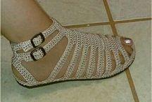 sandália de croché.