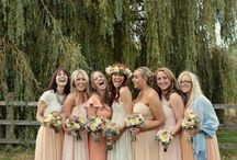 WEDDING | Bridesmaids / Beautiful bridesmaids, matching or eclectic, long dresses or shoot, vintage or modern...ideas for dressing your bridesmaids.