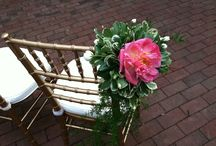 Finishing Touches / From cake flowers to chair flowers, the small things can make a big difference.
