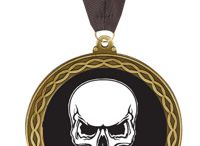 Skull Trophies / Skull trophies and awards are perfect for any Halloween party. Personalize your skull trophy.