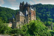 Castles of the World / Castles from around the world.