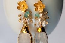 Jewelry Inspiration / by Melissa Allott