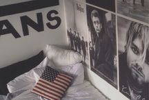 Grunge room org.