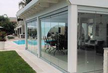 Vetrata su gazebo in legno / Gazebo in legno con vetrate pieghevoli. Realizzato in collaborazione con la ditta SAFA sas, Taranto