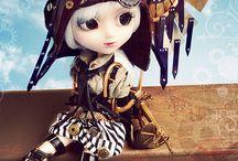 Pullip Dolls / by Jennifer Tobicoe