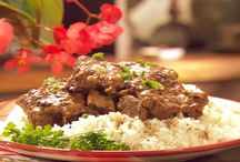 Food:Beef / by James Reiss Apparel