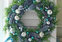 Boże Narodzenie - wieńce, choinki, szyszki