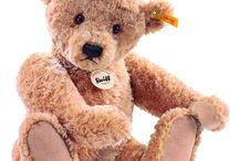Teddy bears / by Julie Spencer