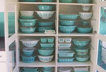 Old dishes, Pyrex , milk glass
