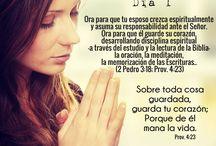 la esposa que ora