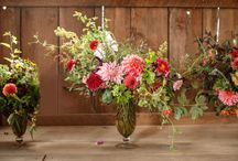 Autumn Wedding Flowers Inspiration / Seasonal floral designs from florist with a natural style