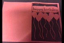 """Manualitats/ felicitacions/ postals / Vols plantilles personalitzades per fer els teus projectes  de decoració de mobles, vidres, en la tècnica del """"Stencil""""? Vols teles tallades amb les formes que tu desitges, paper magnètic per posar a la nevera amb la teva cara o els dibuixos preferits dels nens? Vols pissarra (de retoladors o de guixos) retallada amb la forma que tu triïs? Formes originals o fetes per tu, pels teus treballs de Scrapbook? També oferim la possibilitat de fer-te invitacions de casament i d'aniversari."""