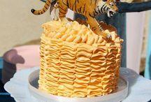 Bolos/Cakes / by Juliana Bastos Delgado