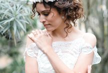 Boho Wedding Details / From floral crowns to braids and sandals, find the details that will make your Bohemian wedding complete. Lace and embroidery, asymmetrical arrangements, naked cakes, Moroccan inspired patterns, wildflowers, and jewel-tone palettes all play a part in this theme for the free-spirited. / by The Favor Stylist • Emily
