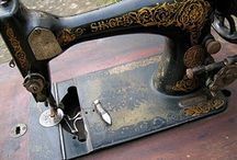 Vintage Sewing Machines / by the curious kiwi