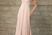 BLUSHing Bride / Dresses in blush/pink