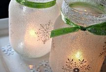 Christmas Mason Jars / Beautiful and fun to make Christmas gifts and decorations with Mason Jars.
