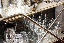 Bar Carts in Style / A collection of Bar Carts and how to style them