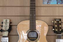Brunswick / Acoustic Guitars