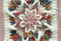 Crochet Squares/Circles / by Barbara Binda