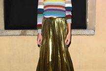 gold pleated skirt e outras delícias reluzentes / muito ouro, oxalá!