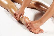 Pedicure & Fussbehandlungen / Nagelmodellage für die Füsse und Gel-Nägel. Shellac Unsere beliebte Fussmassage und Fussreflexzonenmassage Pedicure Essie Nagellack