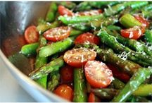 Asparagus with cherry tomatoes side dish
