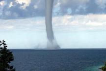 Tornado / Non vada un picciol legno a contrastar col vento, a provocar lo sdegno d'un procelloso mar. Pietro Antonio Domenico Bonaventura Trapassi detto Metastasio