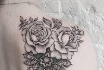 Schulterblatt Tattoo