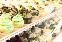 Cupcakes and Cookies / Simple and Sweet