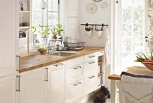 dreaming of the white kitchen