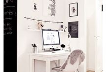 Home Office Looks and Desks