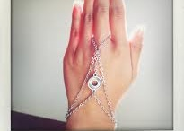 Bracelet / by Janet Tiong