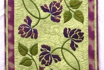Quilts: Flowers / by Angie Davis
