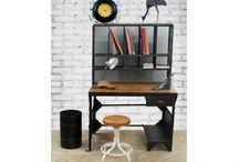 Le bureau dans tous ses états / Le rentrée approche, il est temps de faire le plein de nouveautés ! Design et pratiques, traditionnels ou modernes, trouvez le bureau idéal pour vous et votre famille !
