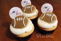 """Patriots Cakes & Baking Ideas / Need more recipes? Check out all our FOOTBALL GAME DAY FOOD boards: -->> """"Game Day Food"""", """"Game Day Snacks & Sweets"""", """"Game Day Drinks"""", """"Game Day Wings"""", """"Football Cakes & Baking Ideas"""". / by PatsGurls for New England Patriots"""