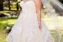 Plus Size Wedding Dresses / Stunning styles for every bride!