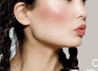 BLUSHER!! / Every make-up bag should have at least one blusher!!