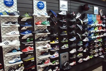 Calzado deportivo - Sport shoes / Disponemos de una amplia selección de las principales marcas de calzado deportivo: NIKE - ADIDAS - REEBOK (EASYTONE - REALFLEX - ZIGTECH)  ASICS - JOMA - SPIUK - FREDDY - CHIRUCA - HITEC - SALOMON